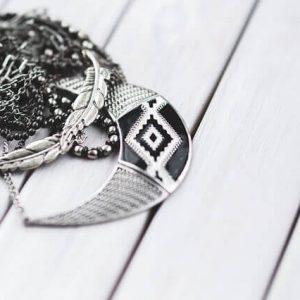 jewellery-791073_640