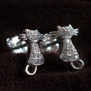 Сребърни котки