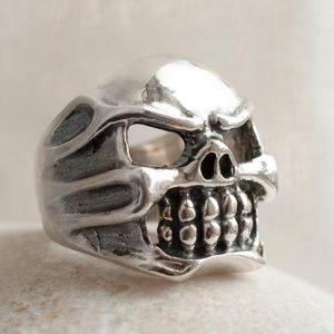Голям пръстен с череп 2