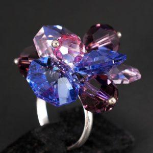 лилав букет пръстен