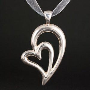 медальон сърце без камък а