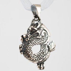 медальон дракон а